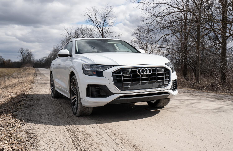2020 Audi Q8 3/4 front passenger low