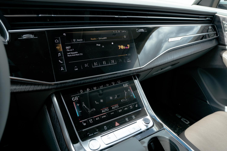 2020 Audi Q8 center stack