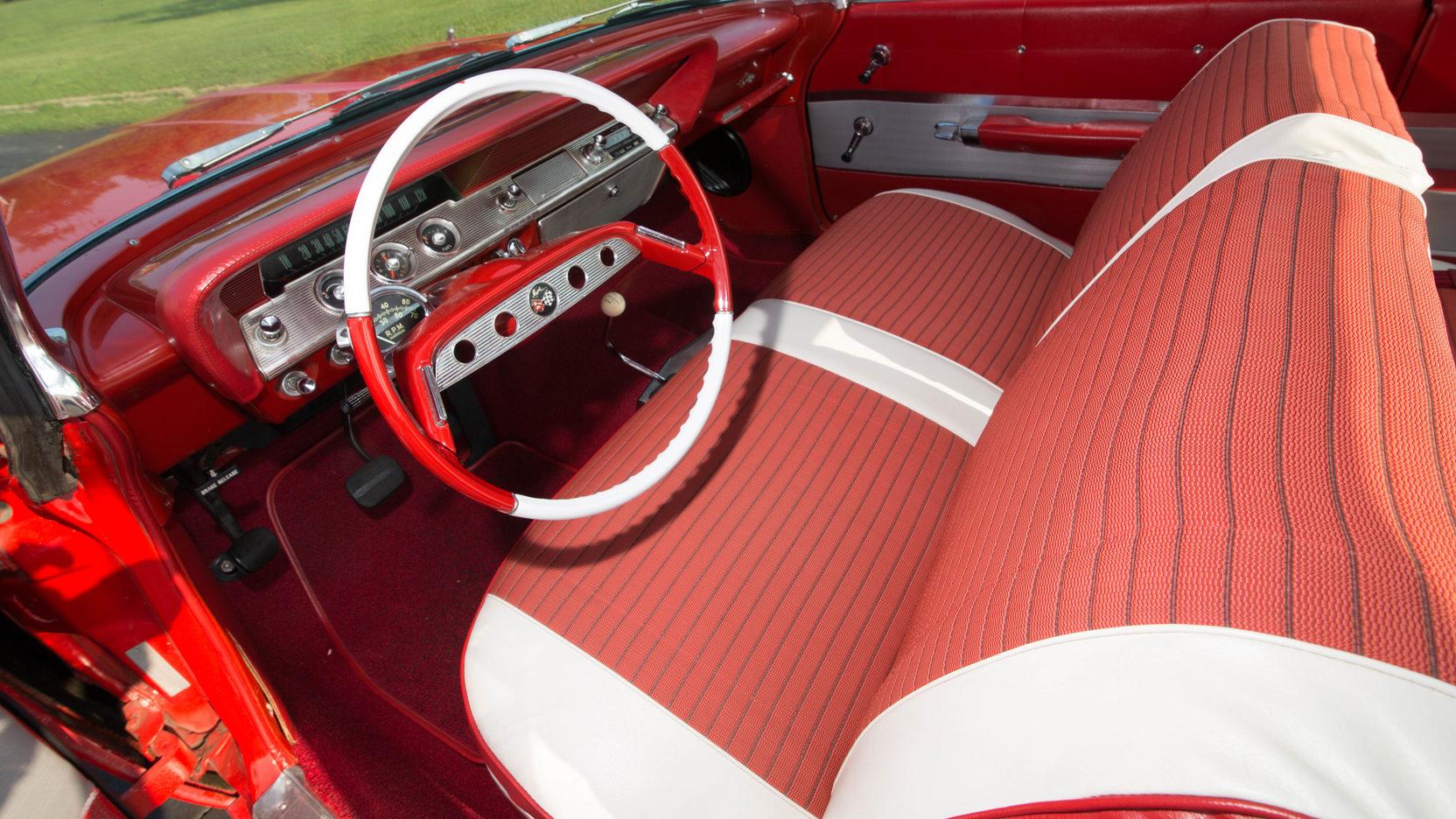 1961 Chevrolet Impala interior