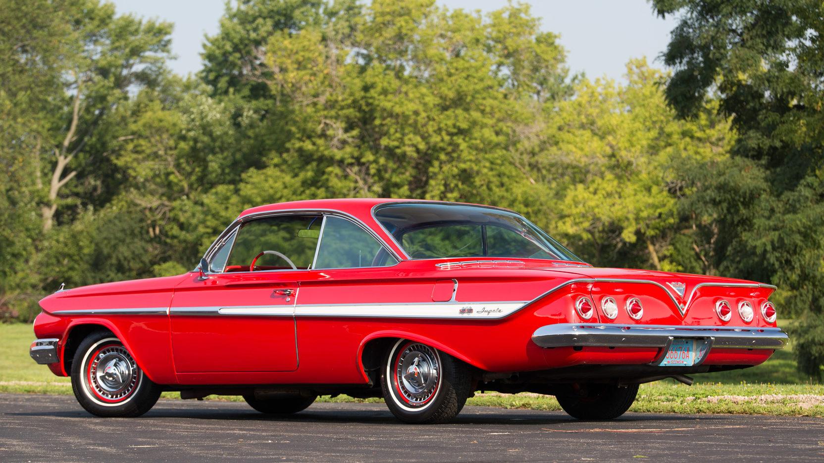 1961 Chevrolet Impala SS rear 3/4