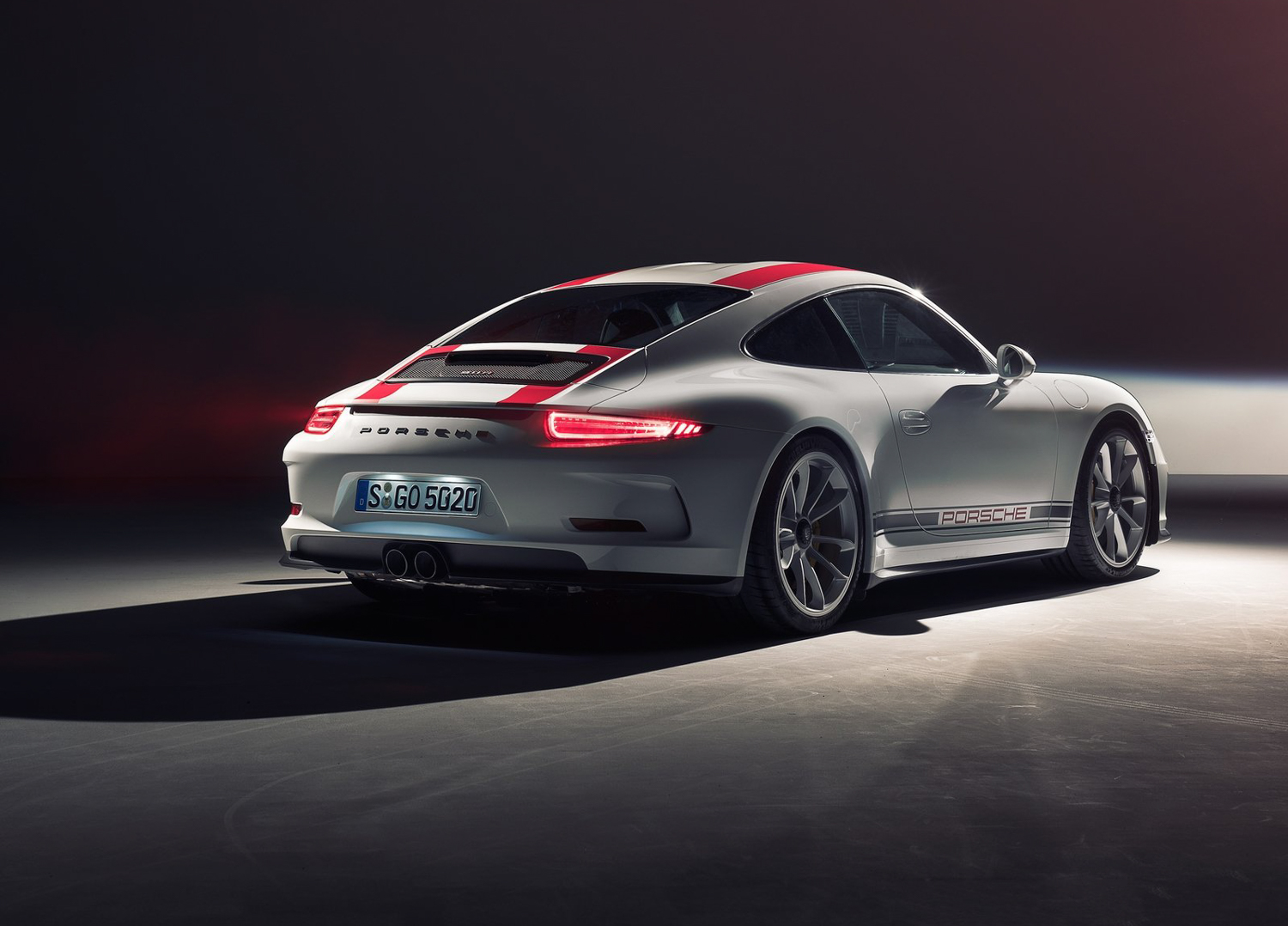 Report: Porsche mulling subscription service to dissuade limited-edition speculators