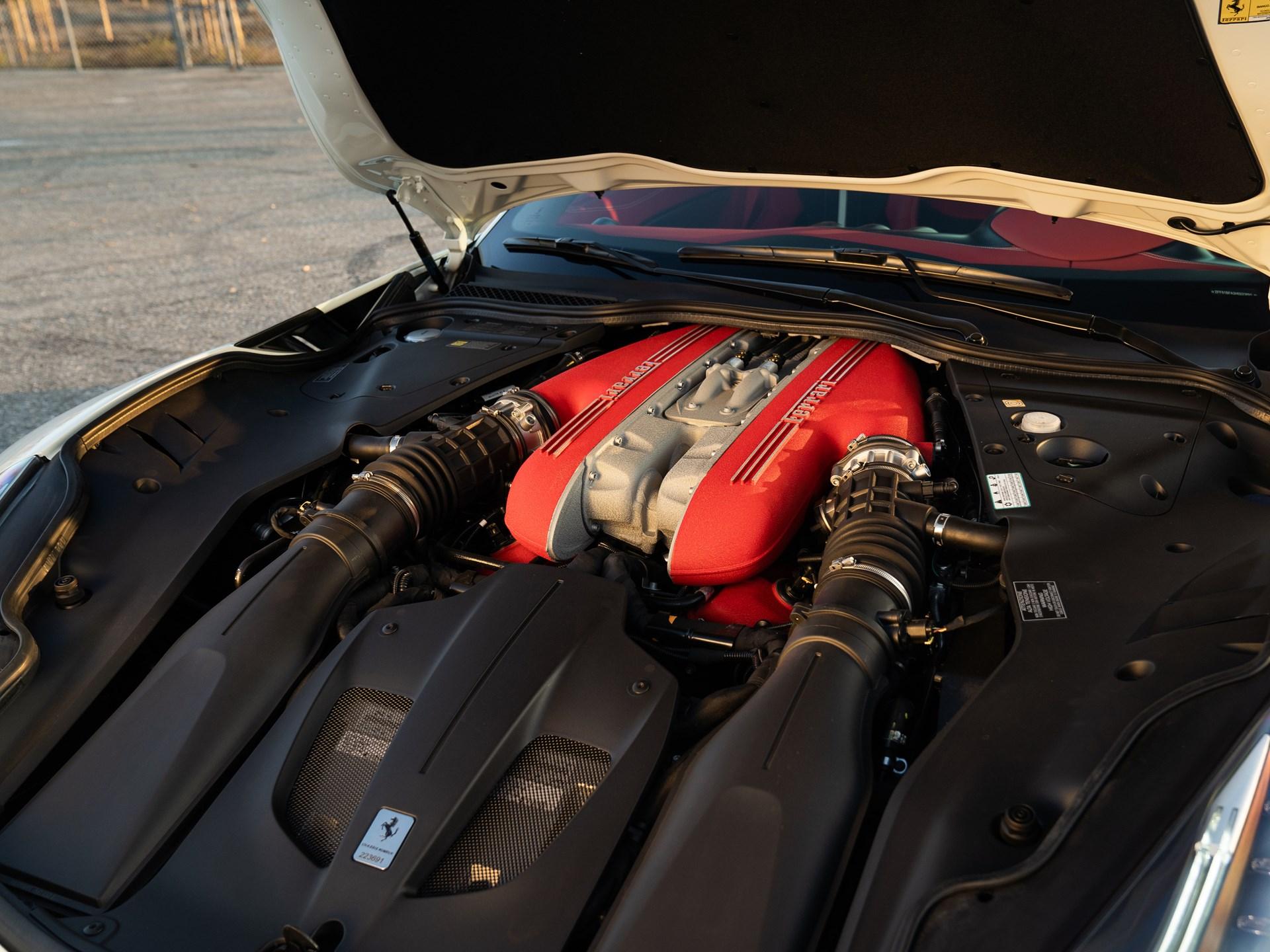 2017 Ferrari F12tdf engine