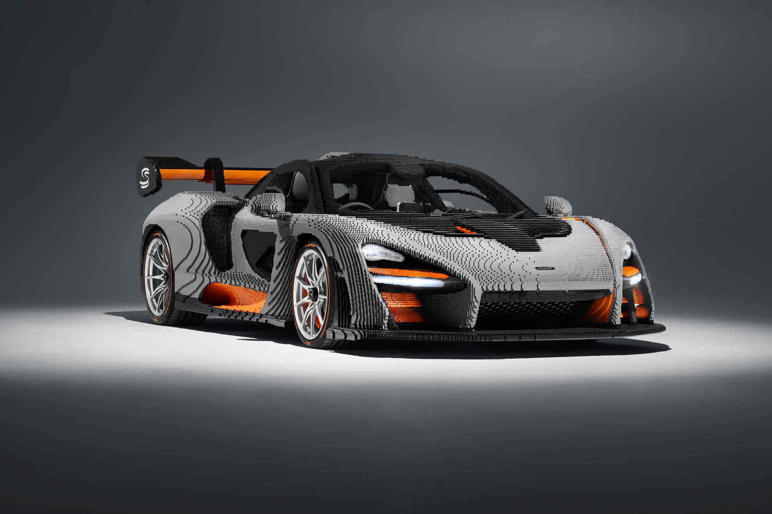 LEGO builds a McLaren Senna, and it's cool as hell thumbnail
