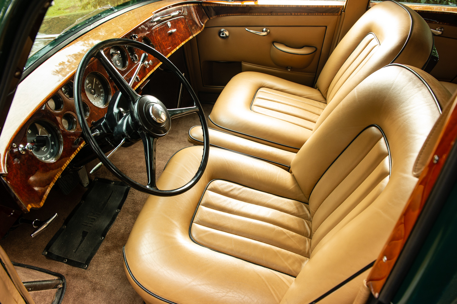 1959 Bentley S2 Continental Flying Spur interior driver