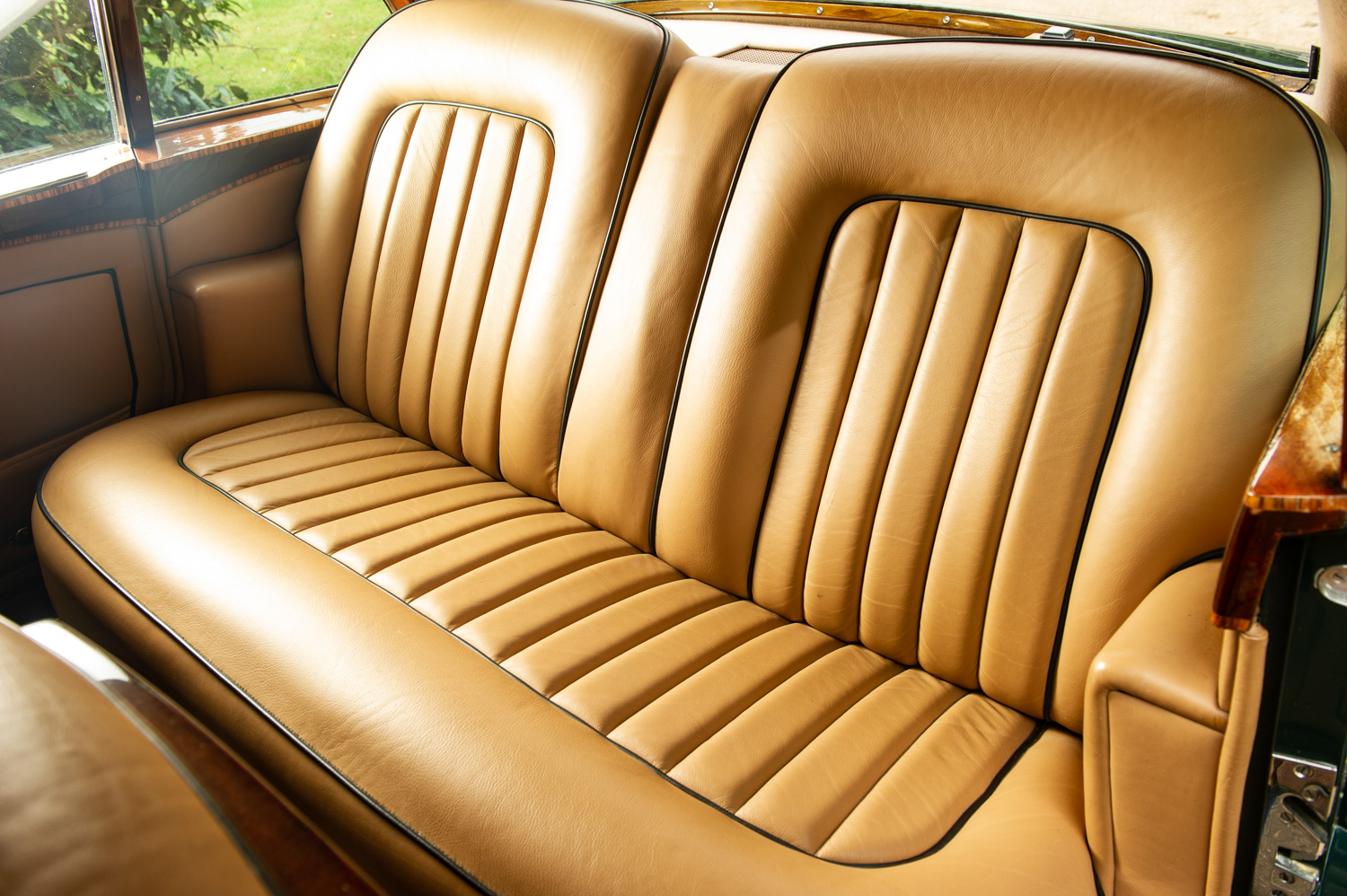 1959 Bentley S2 Continental Flying Spur rear seat