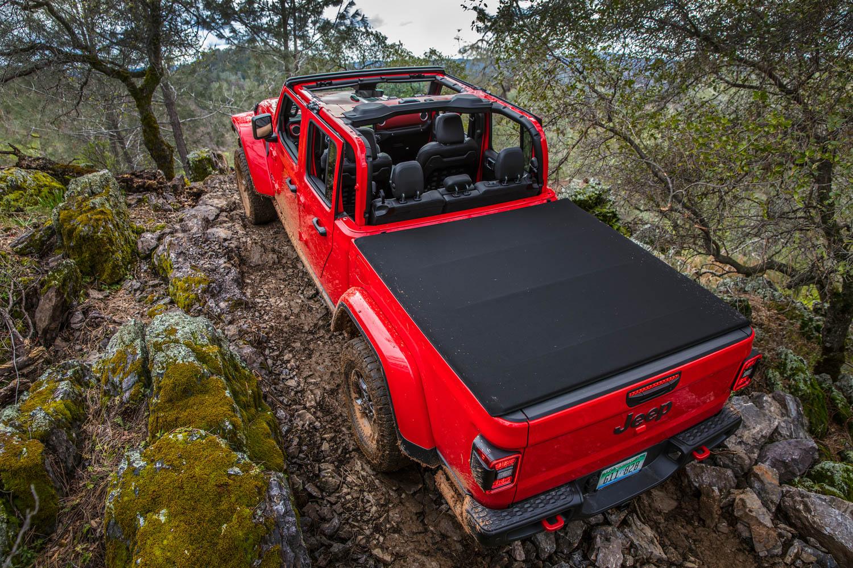 2020 Jeep Gladiator climbing