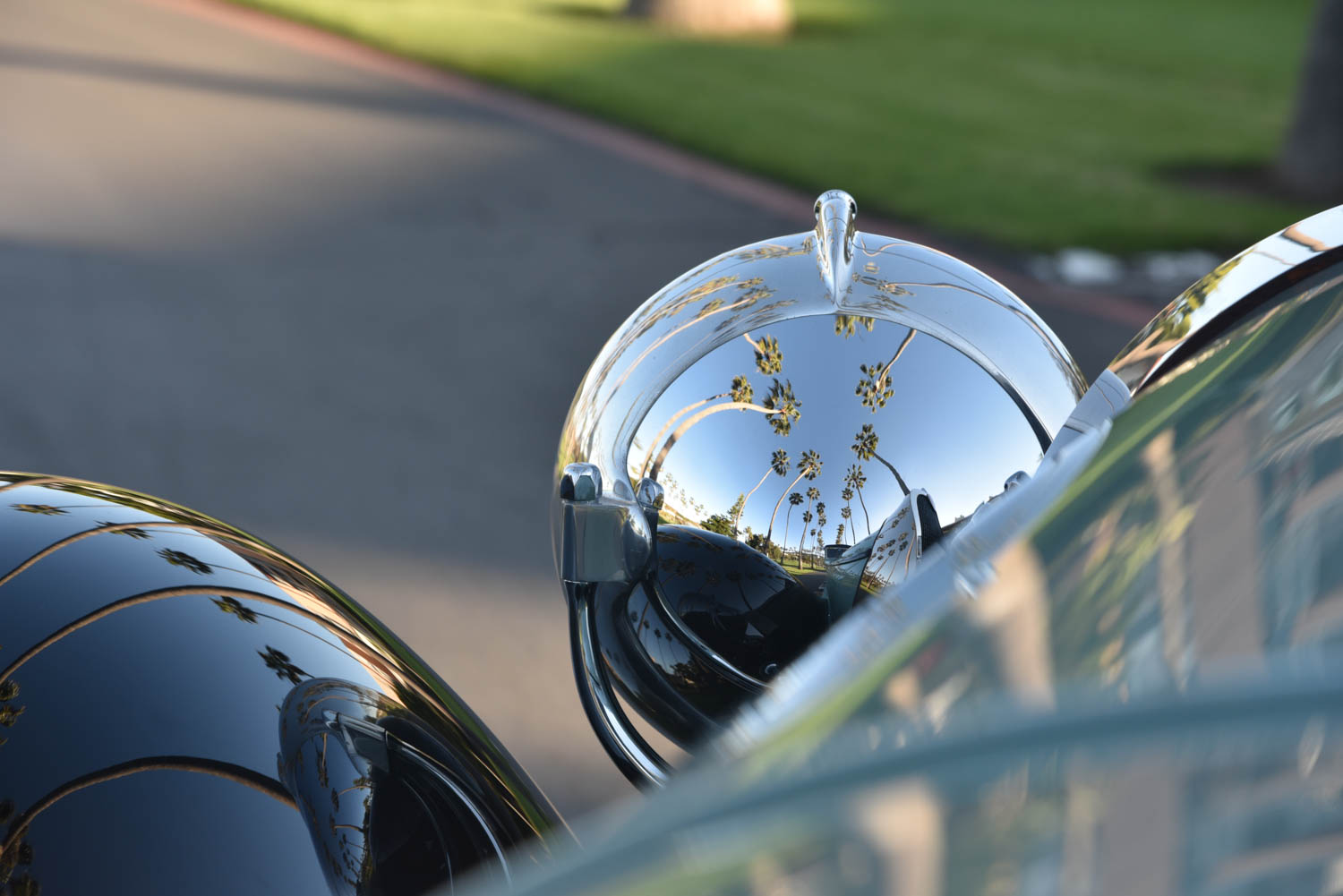 Bugatti headlight reflection