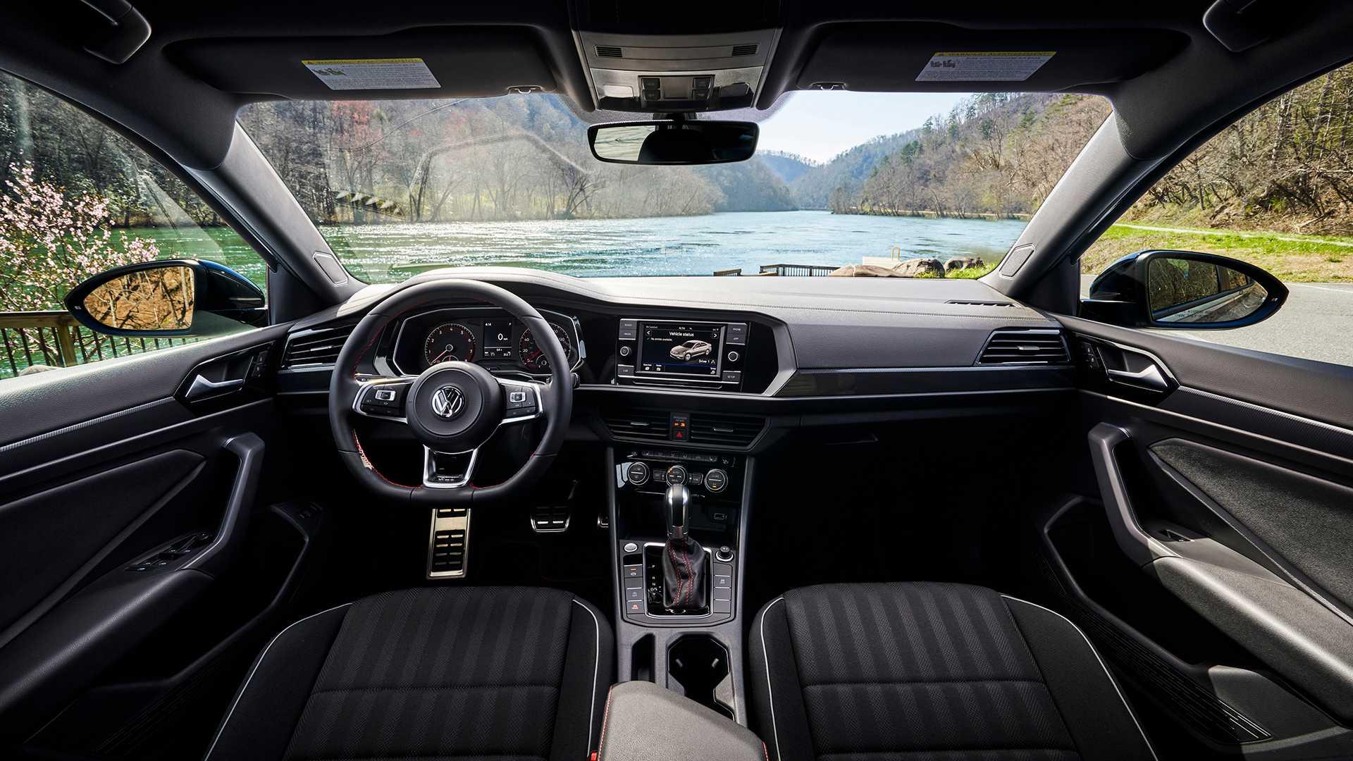 2019 Volkswagen Jetta GLI interior