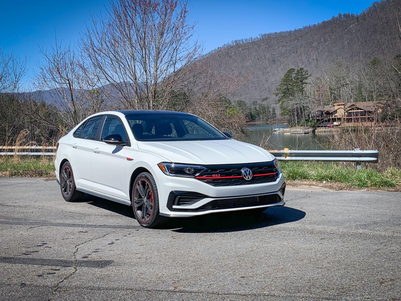 White 2019 Volkswagen Jetta GLI