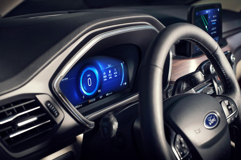 2020 Ford Escape gauges