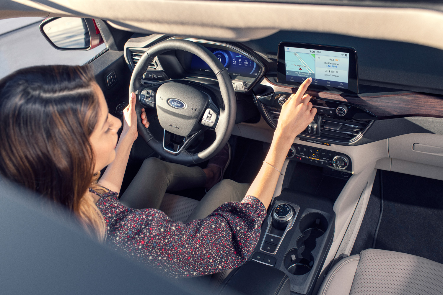 2020 Ford Escape infotainment