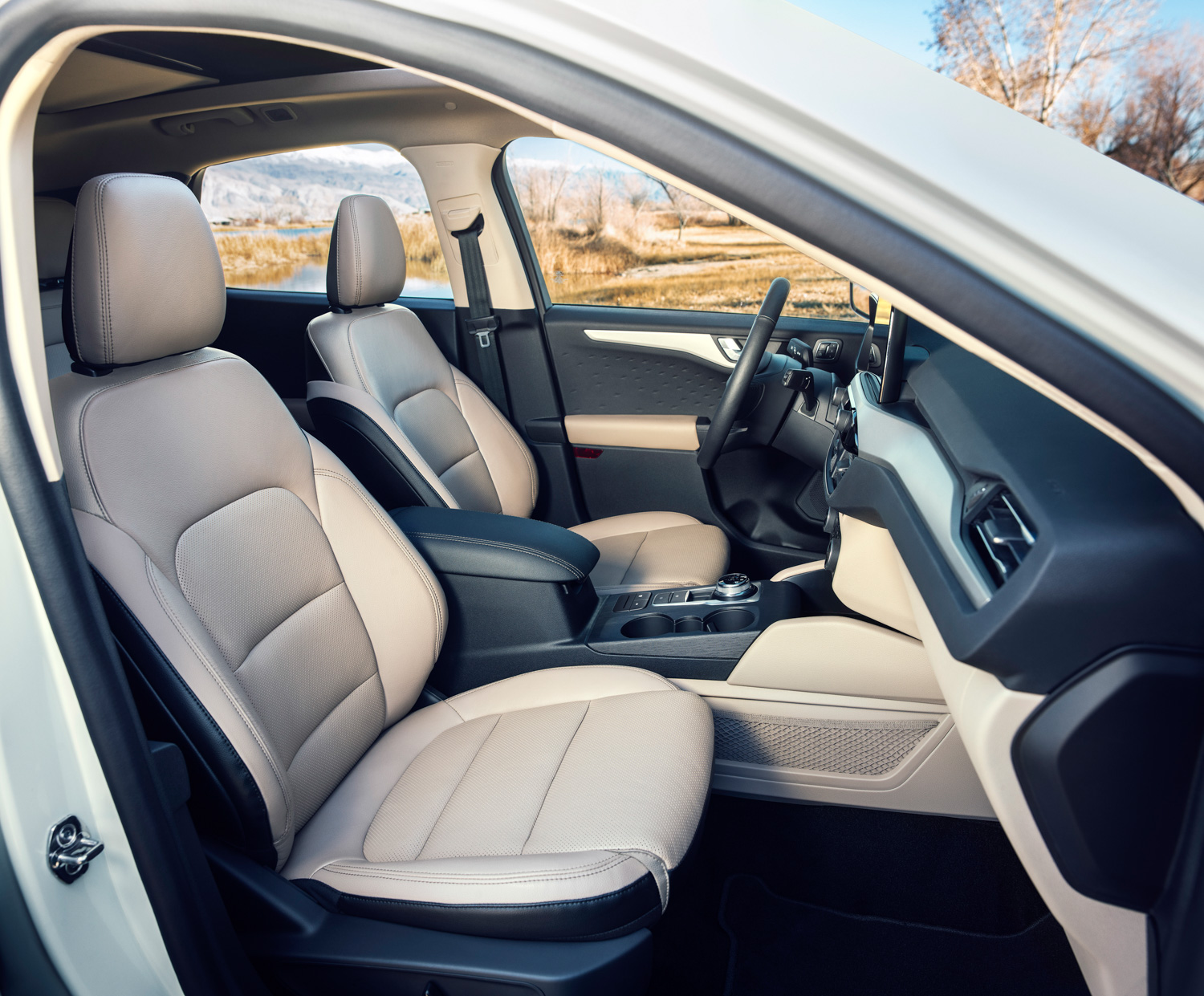 2020 Ford Escape passenger seat