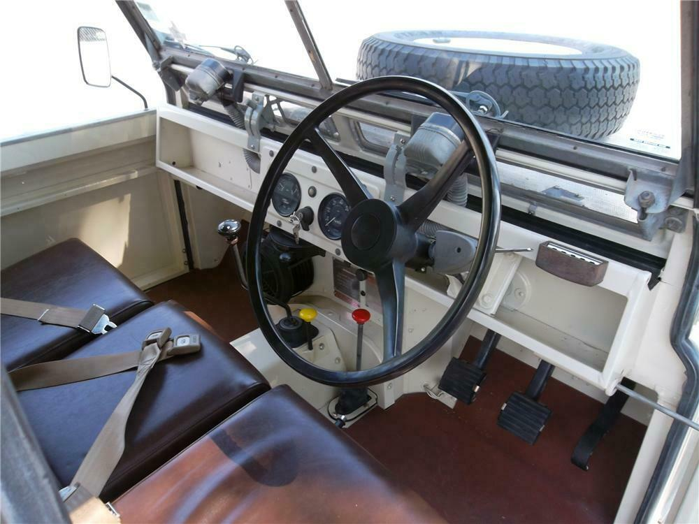 1965 Land Rover Series IIA interior steering