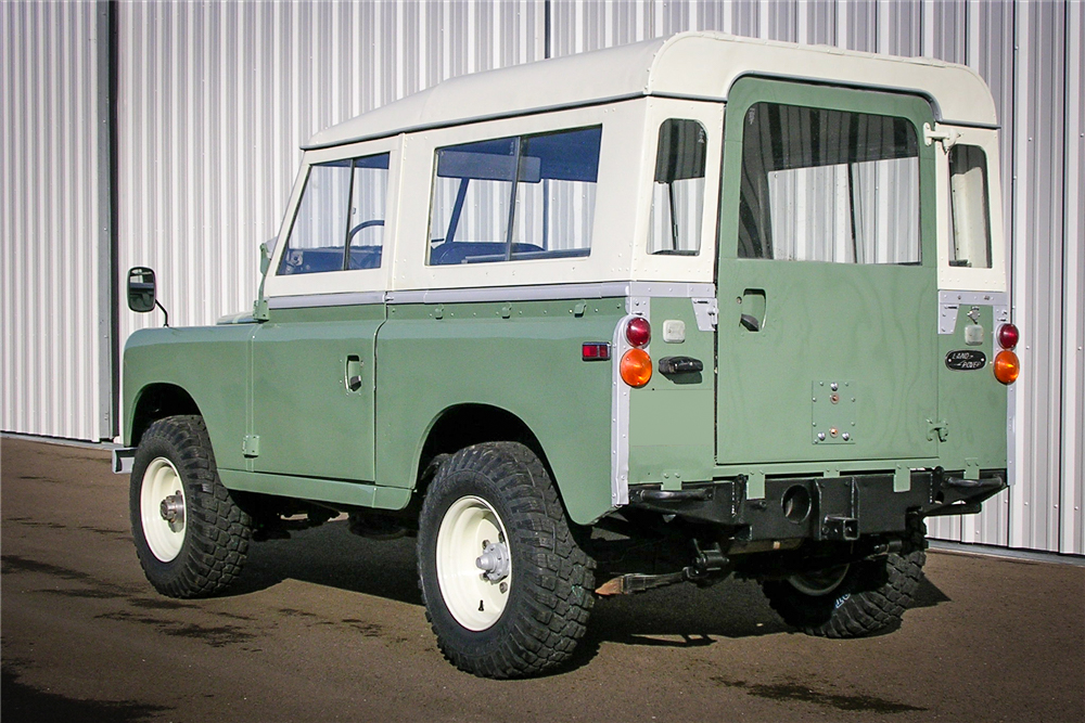 1971 Land Rover Series IIA 3/4 rear driver