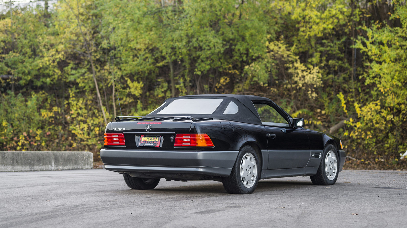1995 Mercedes-Benz SL 600 rear 3/4