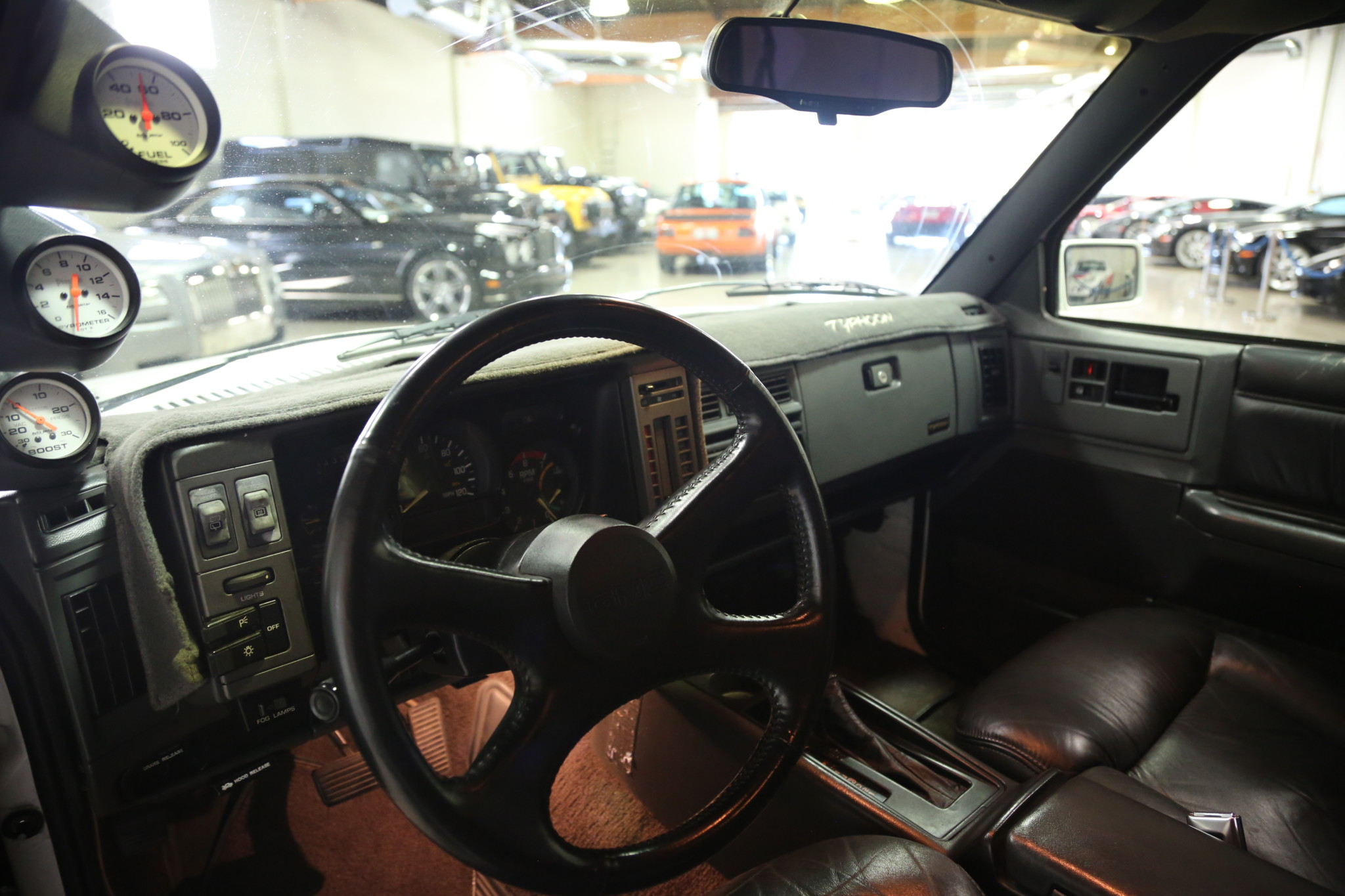 1993 GMC Typhoon driver interior