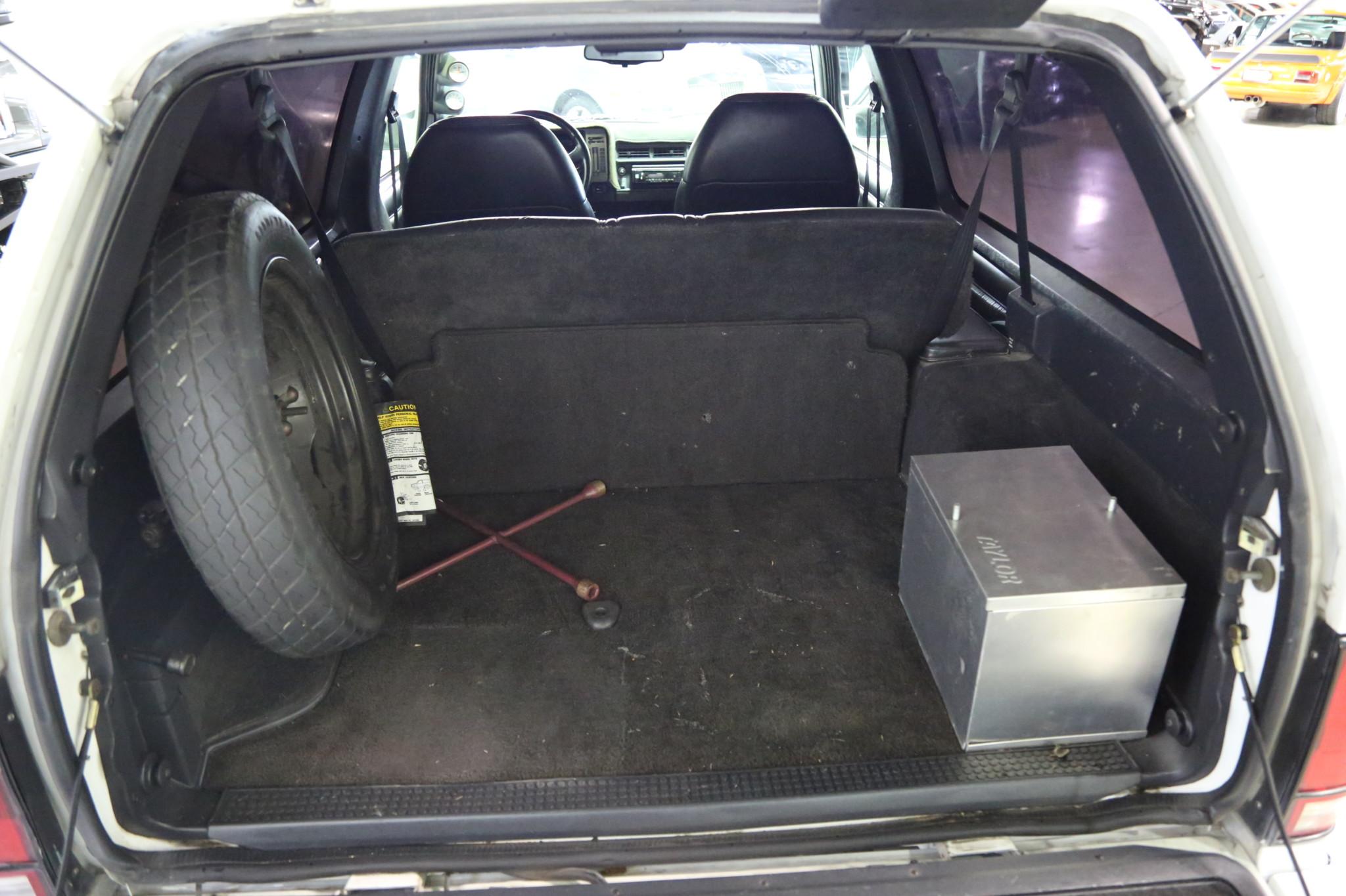 1993 GMC Typhoon interior trunk
