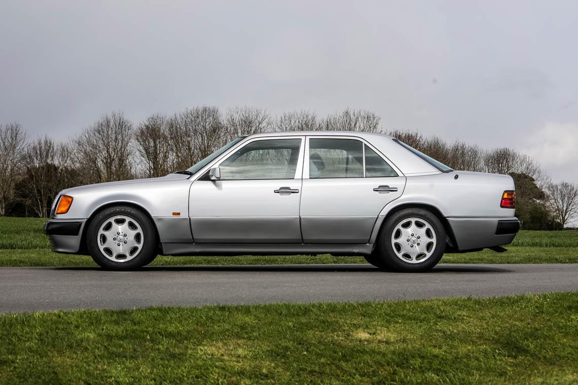 1991 Mercedes-Benz 500 E side profile