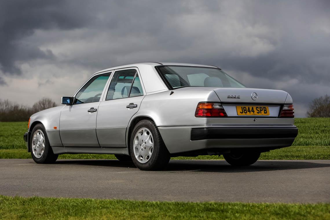 1991 Mercedes-Benz 500 E rear 3/4
