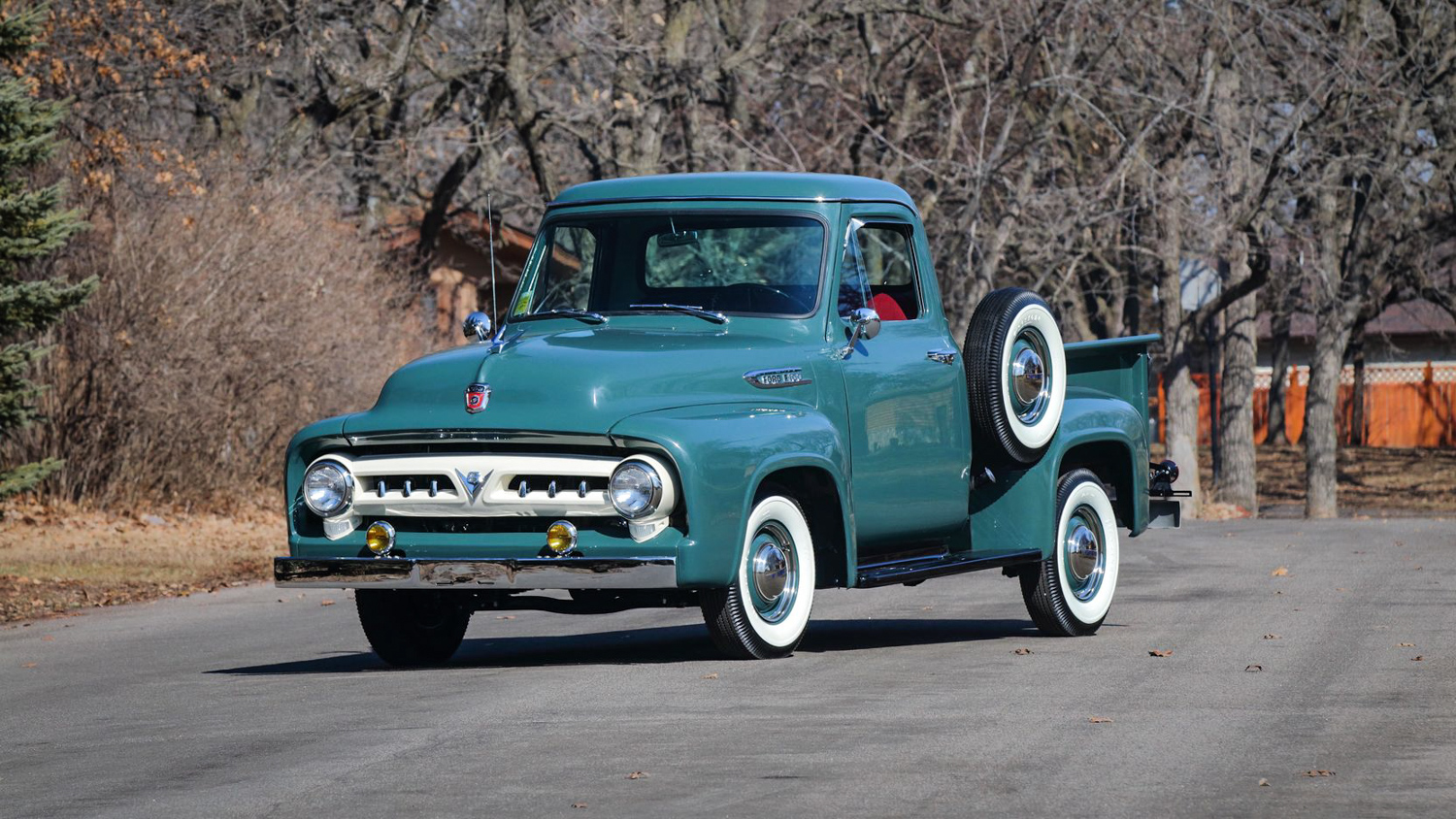 1953 Ford F100 3/4 front
