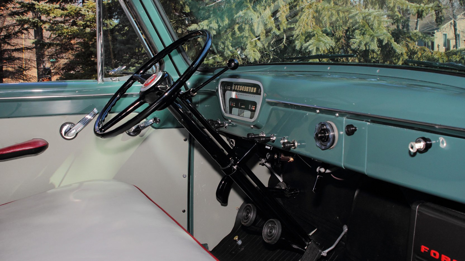 1953 Ford F100 interior passenger