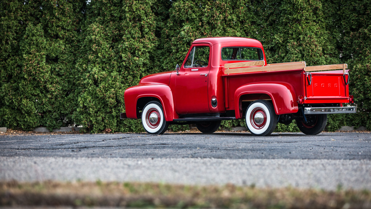 1955 Ford F100 3/4 low rear