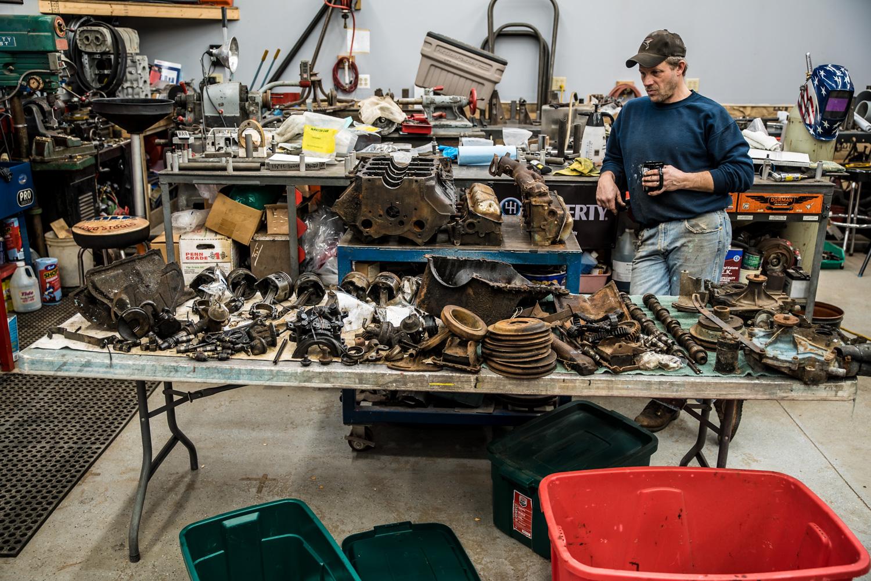 redline rebuild Pontiac disassembled engine