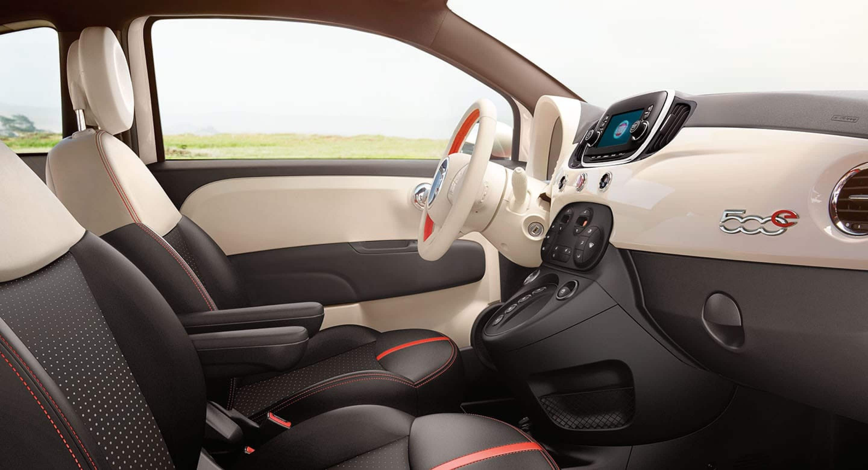 2018 Fiat 500e interior