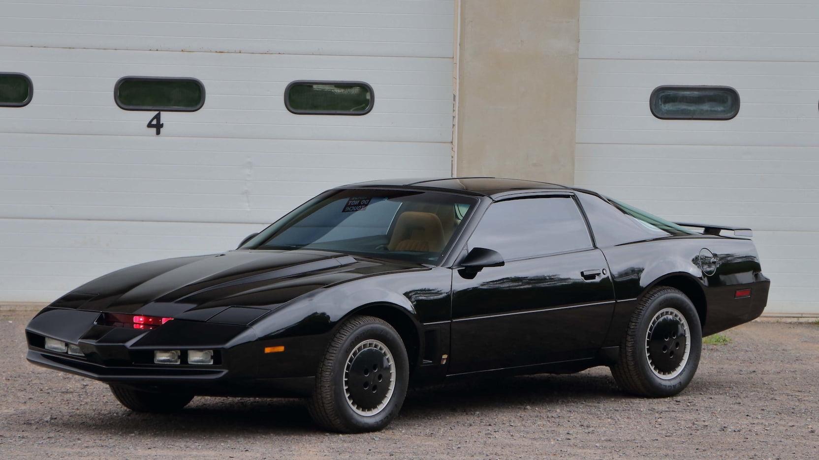 """1982 Pontiac Firebird Trans AM """"KITT"""" front 3/4"""