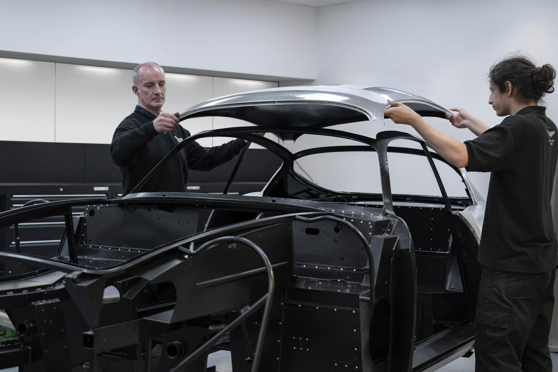 2019 Aston Martin DB4 GT Zagato roof