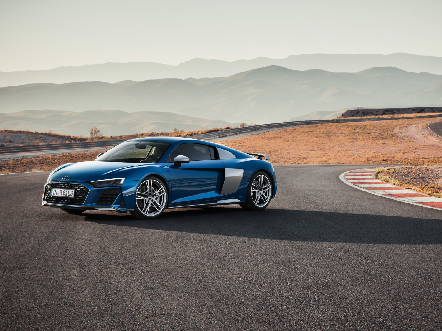 2020 Audi R8 3/4 front on track