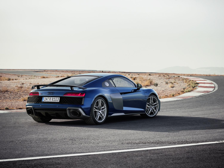 2020 Audi R8 rear 3/4 on track