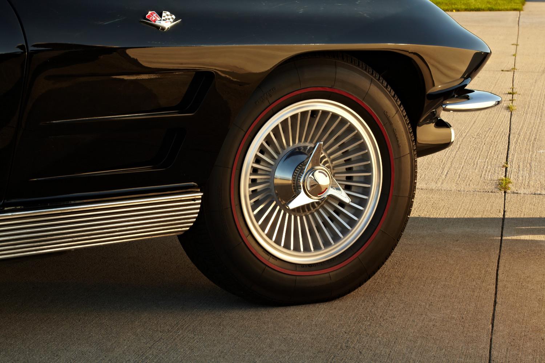 New Corvette tires