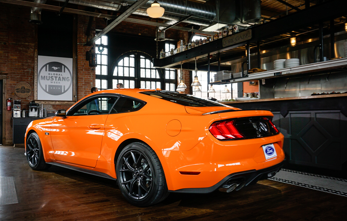 2020 Ford Mustang Ecoboost High Performance Package 3/4 rear
