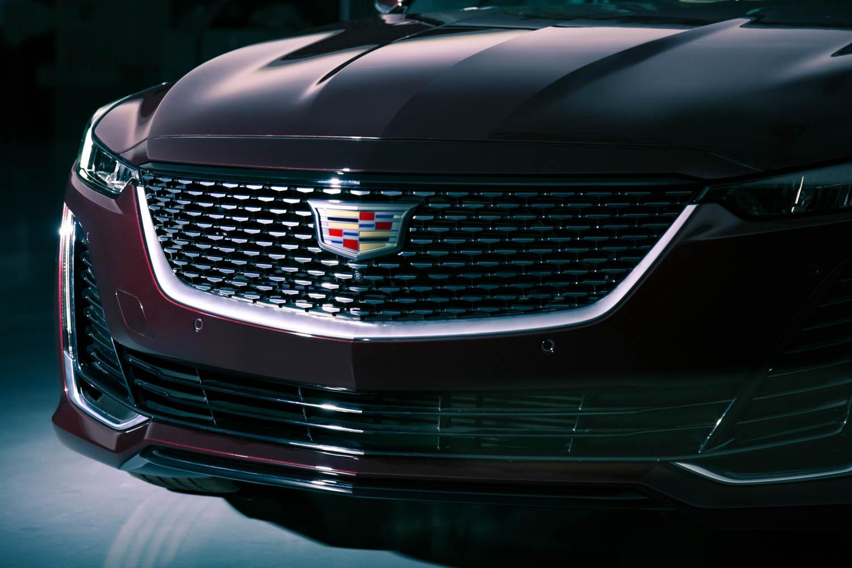 Cadillac CT5 nose