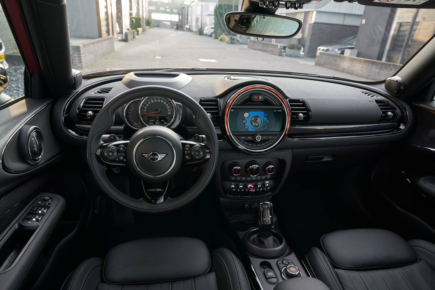 2019 MINI Clubman interior
