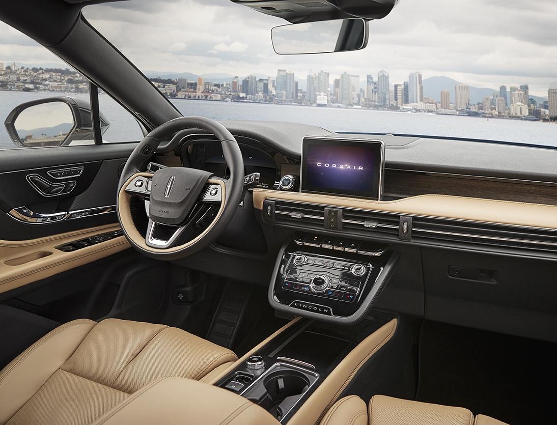 2020 Lincoln Corsair interior driver seat