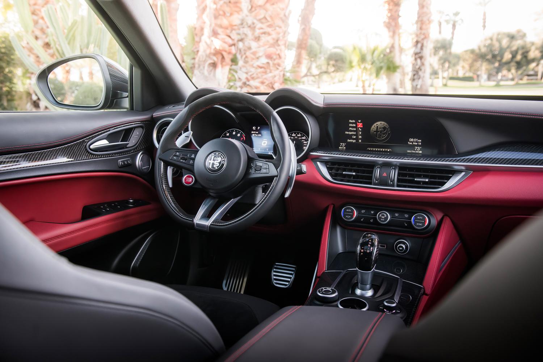 2019 Alfa Romeo Quadrifoglio NRING steering wheel