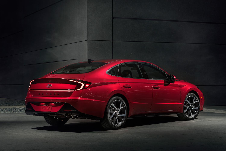 2020 Hyundai Sonata 3/4 rear