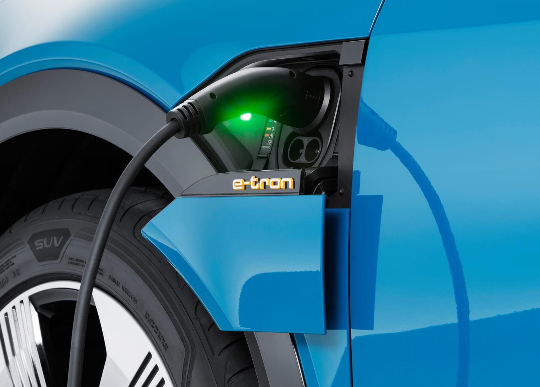 2020 Audi e-tron charge port