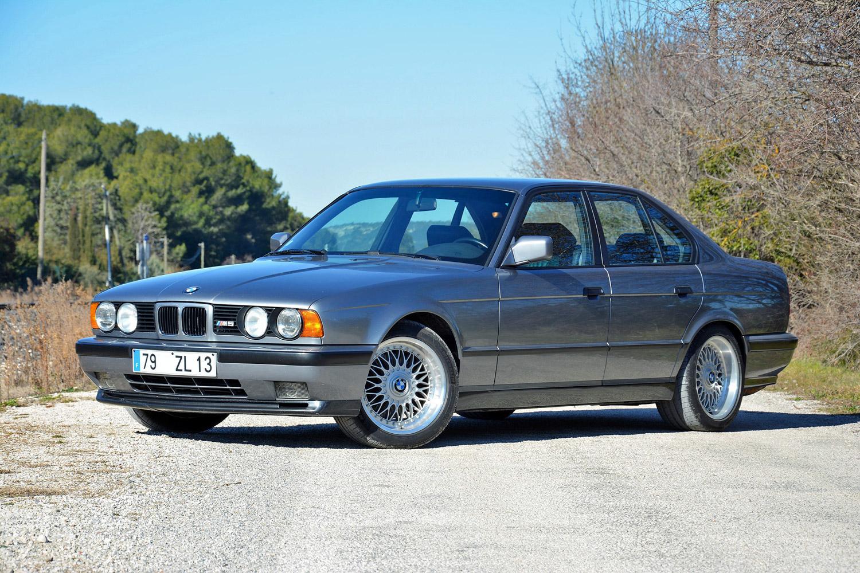 BMW M5 (E34) 3/4 front