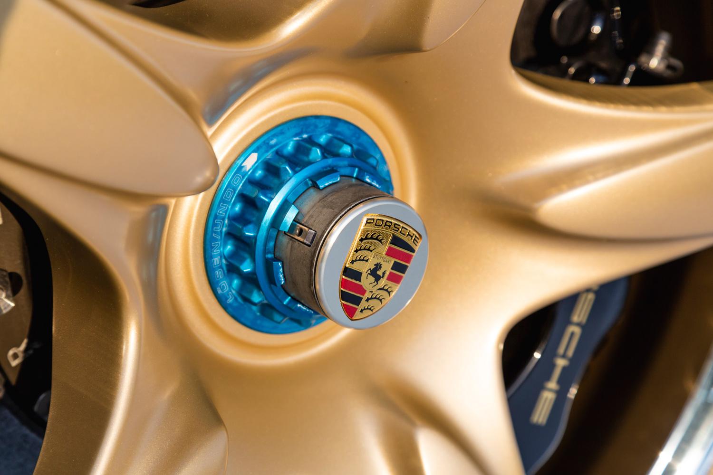 2019 Porsche Carrera GT wheel