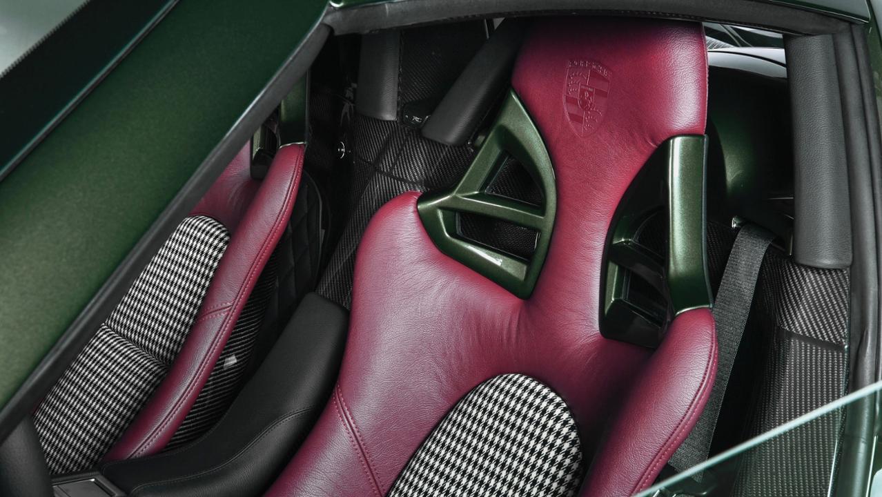 Porsche Carrera GT seat detail