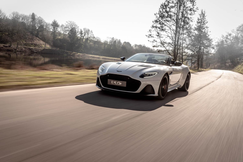 Aston Martin DBS Superleggara Volante