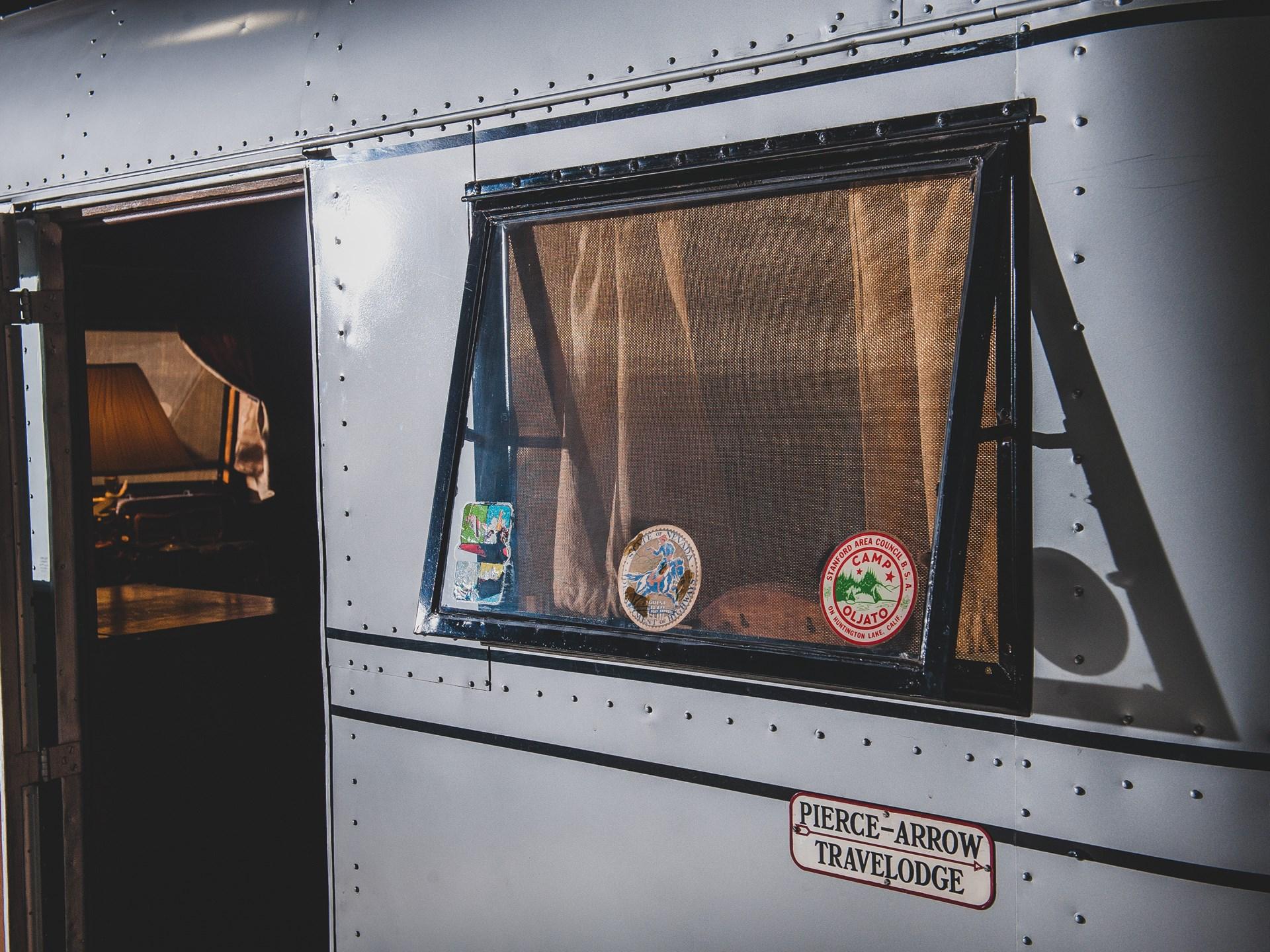 1937 Pierce-Arrow Model C Travelodge window