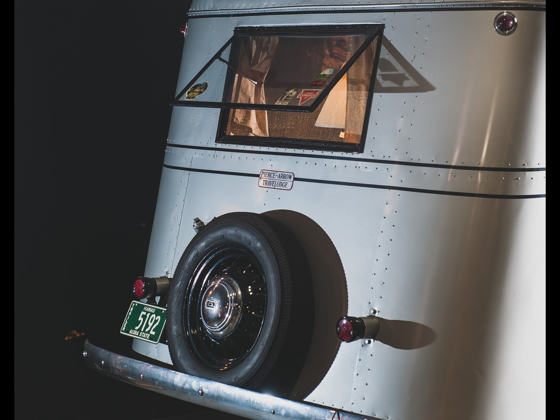 1937 Pierce-Arrow Model C Travelodge rear window and tire