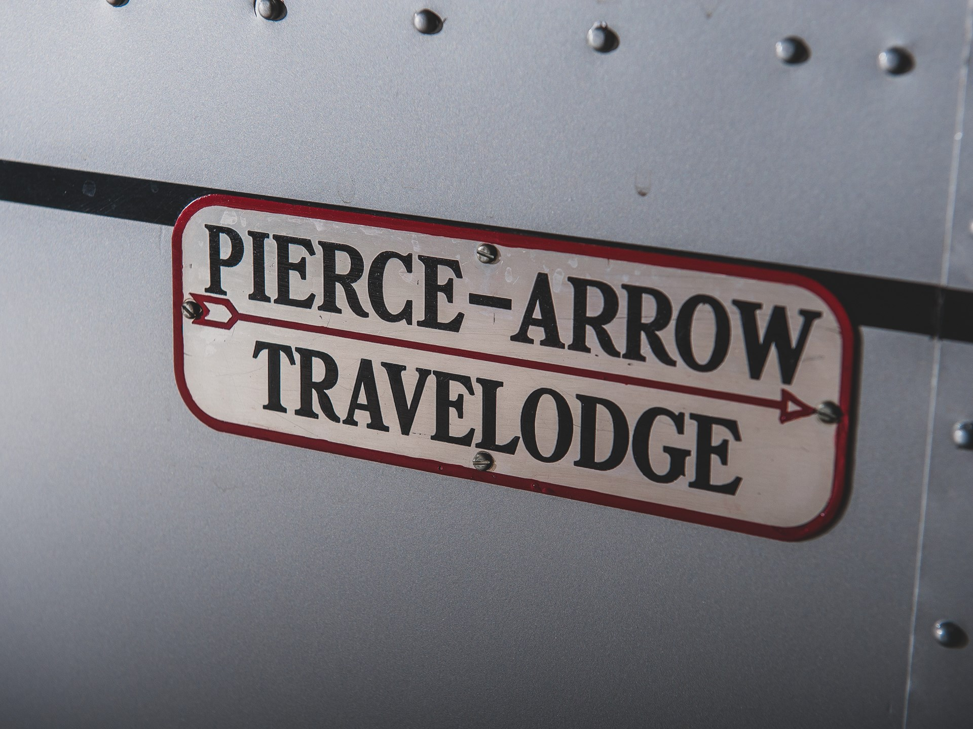 1937 Pierce-Arrow Model C Travelodge name plate