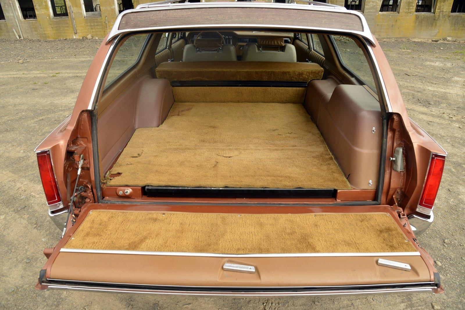 1972 AMC Ambassador Brougham Wagon rear cargo