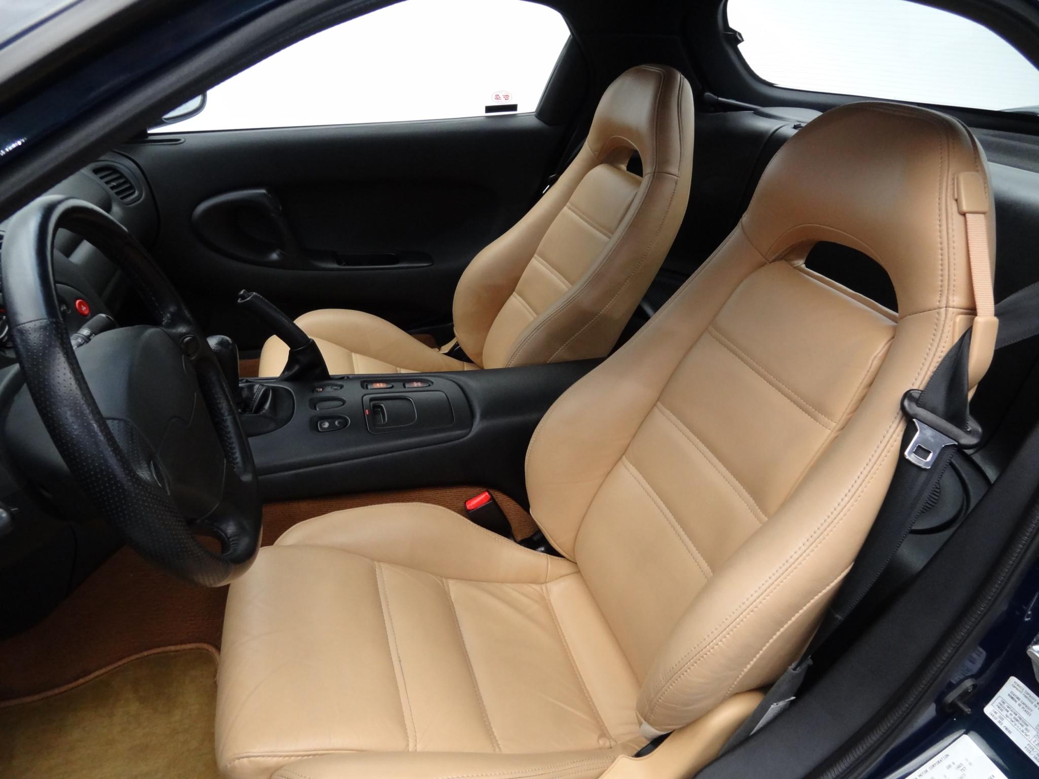 1994 Mazda RX-7 interior driver