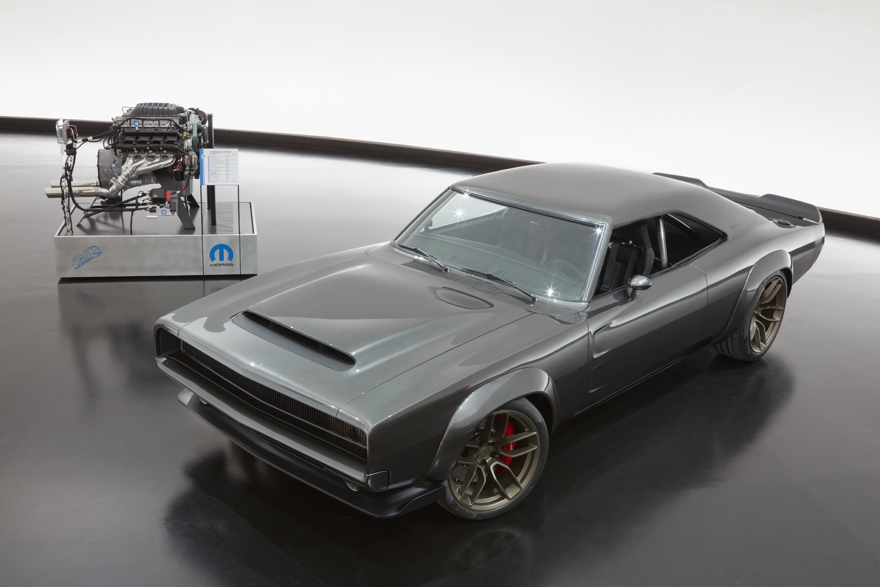 Hellephant Crate engine 1000 hp  and super charger car